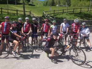 ciclisti sulle strade del Giro